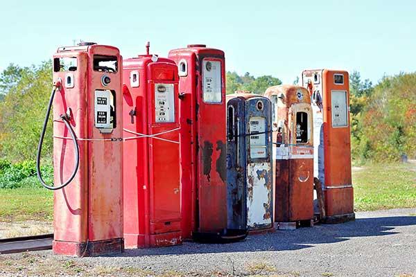 Deregulation in the Past | Old Fuel Pumps Image