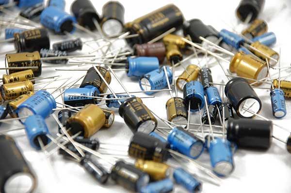 Batteries Capacitors